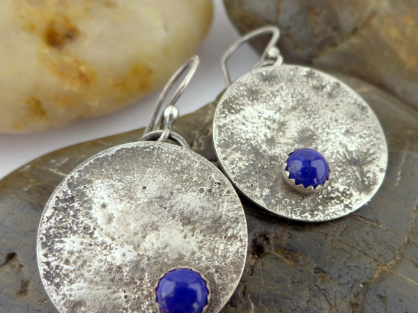 Reticulated Sterling Silver and Lapis Lazuli Cabochon Earrings