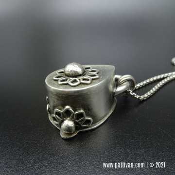 Sterling Silver Filigree Hollow Form Pendant